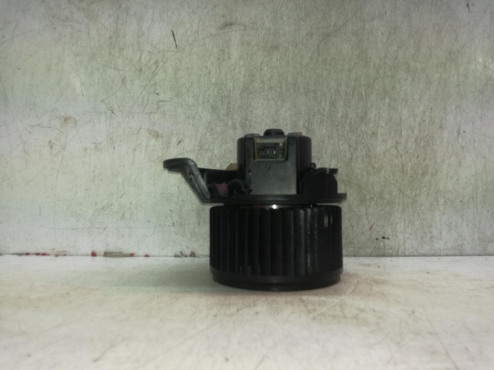 View Auto part Heater Motor/Assembly VAUXHALL CORSA 2007
