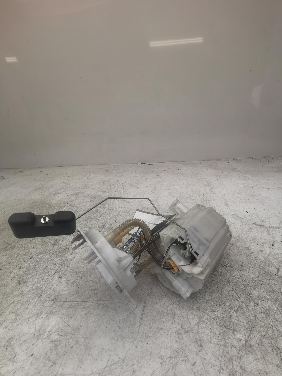 View Auto part Fuel Sending Unit AUDI A5 2010