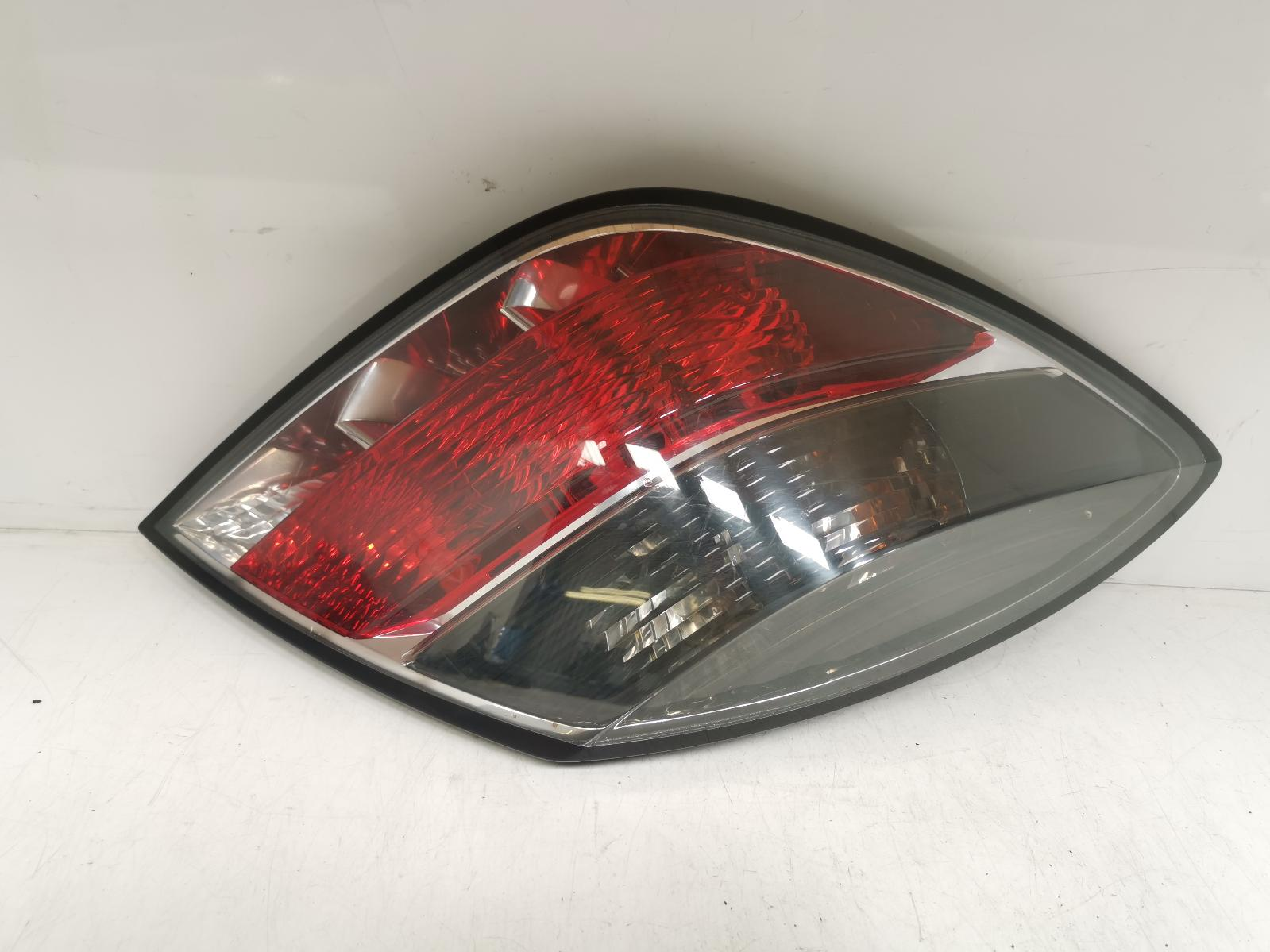 View Auto part L Taillight VAUXHALL ASTRA 2006