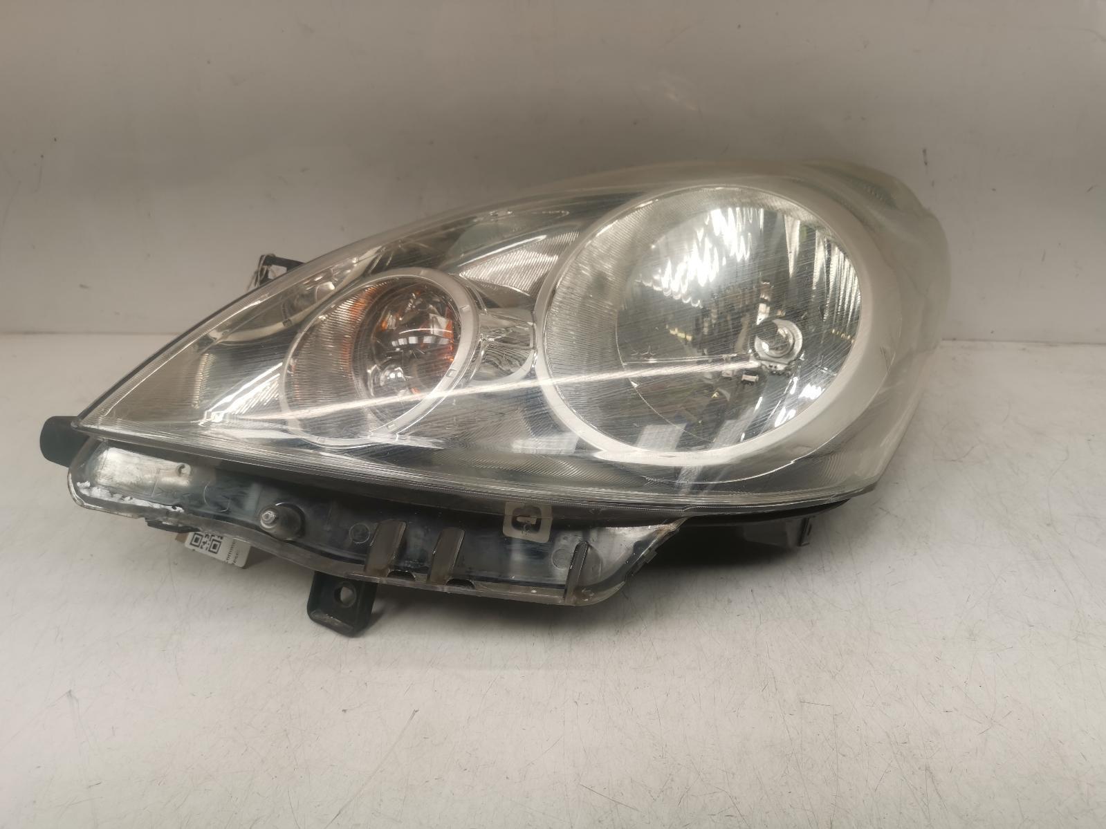 View Auto part L Headlamp NISSAN NOTE 2009