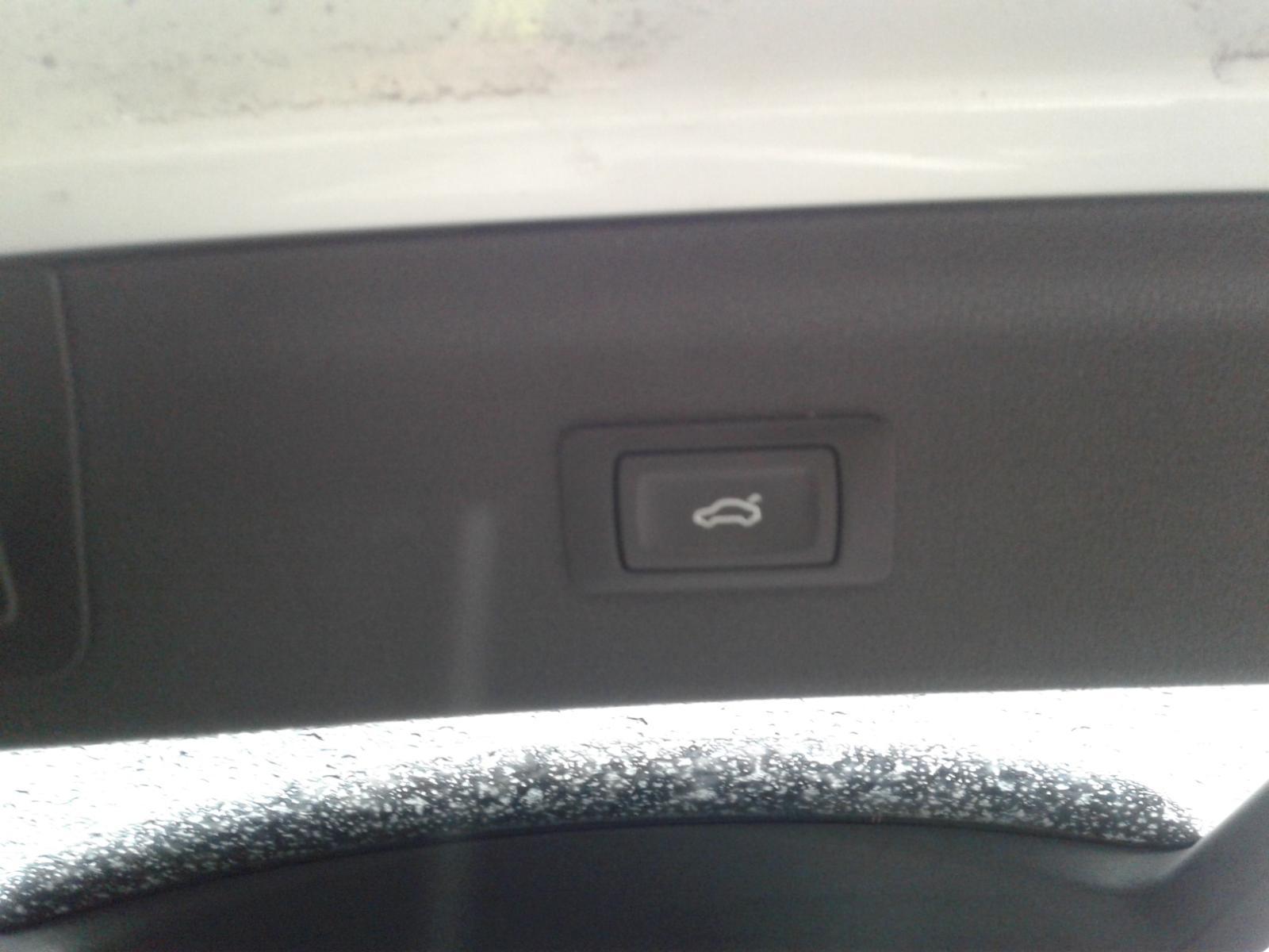 View Auto part AUDI Q3 2015 5 Door Estate