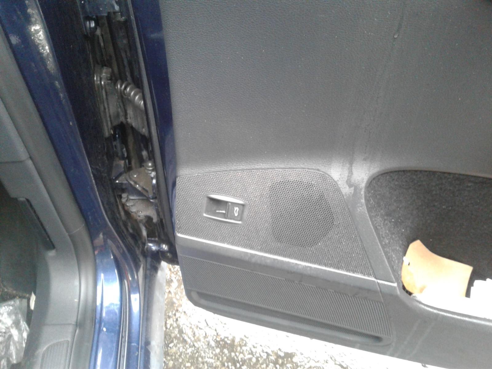 View Auto part VOLKSWAGEN PASSAT 2013 5 Door Estate