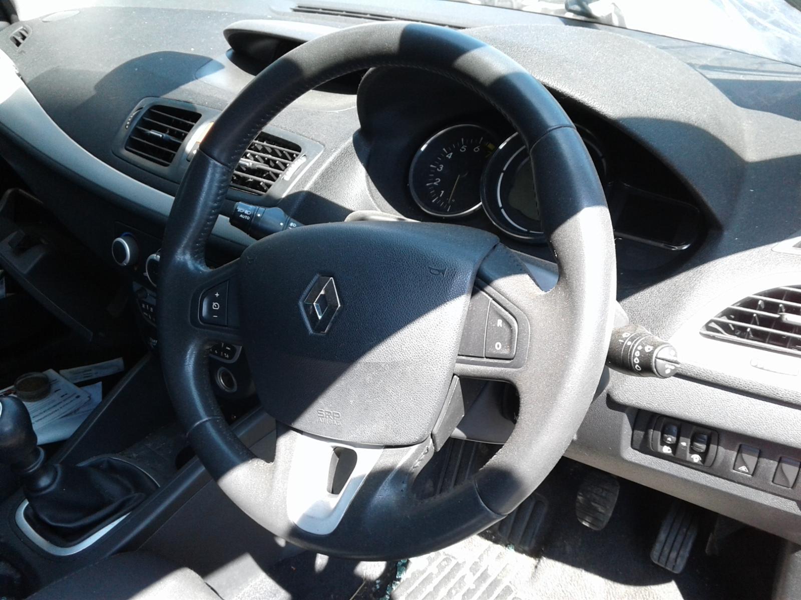 View Auto part L Door Mirror RENAULT MEGANE 2009