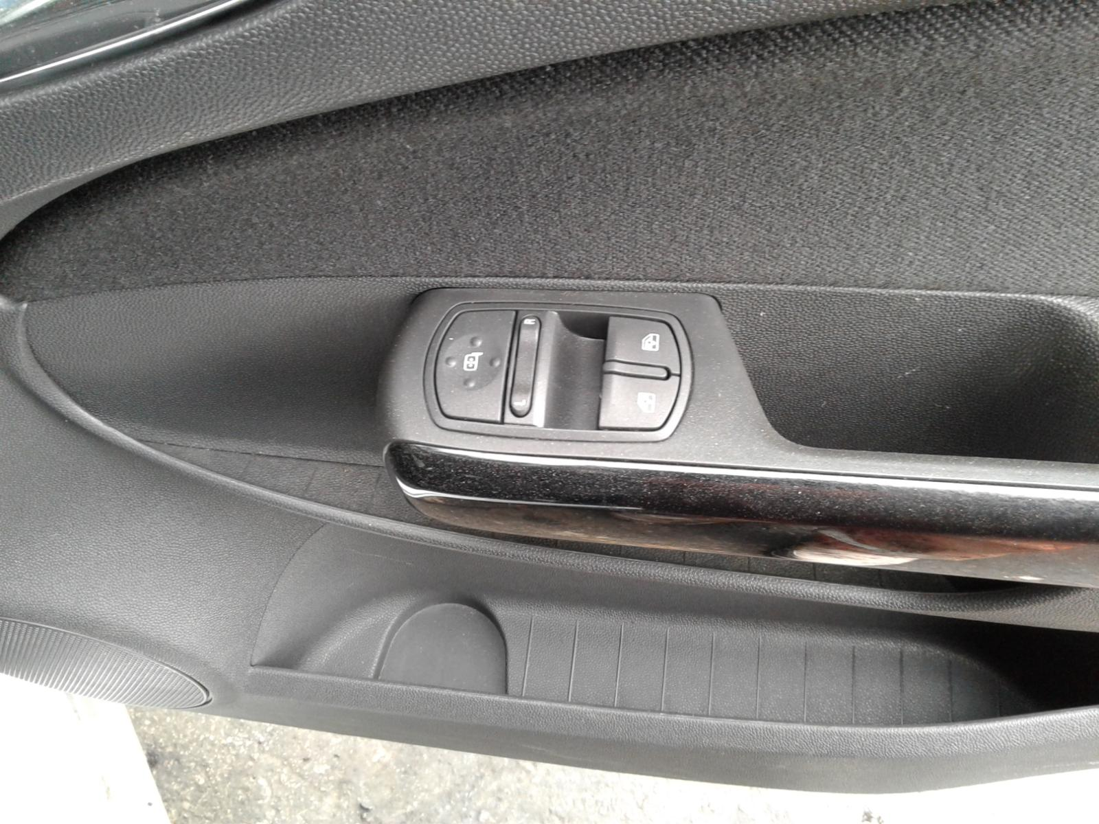 View Auto part L Wing VAUXHALL CORSA 2010