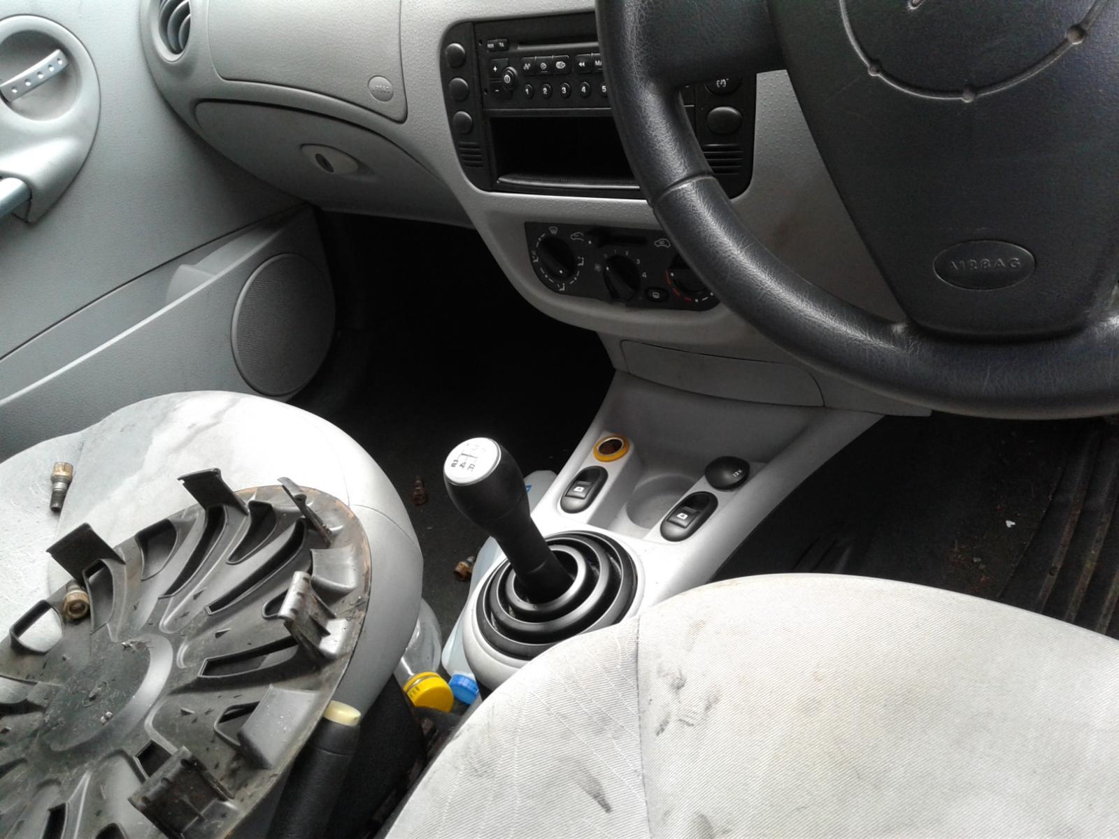 View Auto part CITROEN C3 2003 5 Door Hatchback
