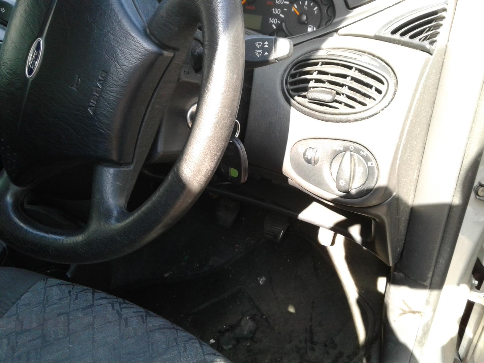 View Auto part FORD FOCUS 2001 5 Door Hatchback