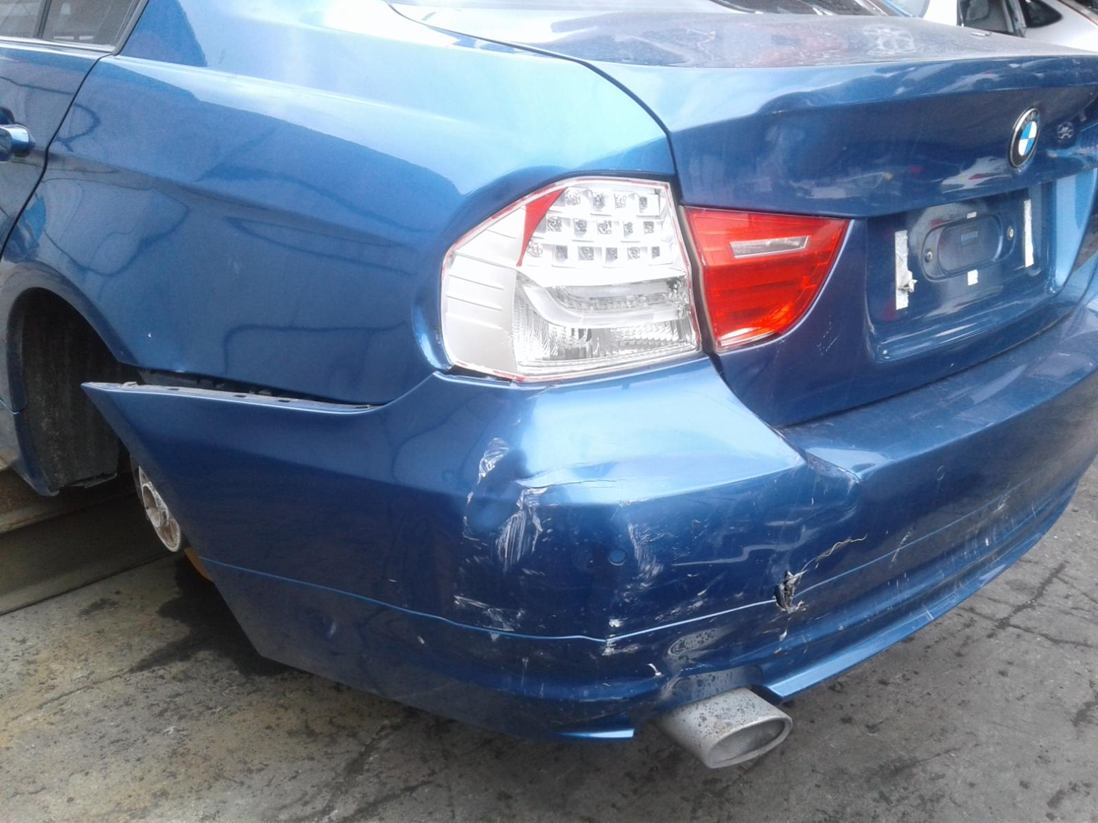 View Auto part R Headlamp BMW 3 SERIES 2008