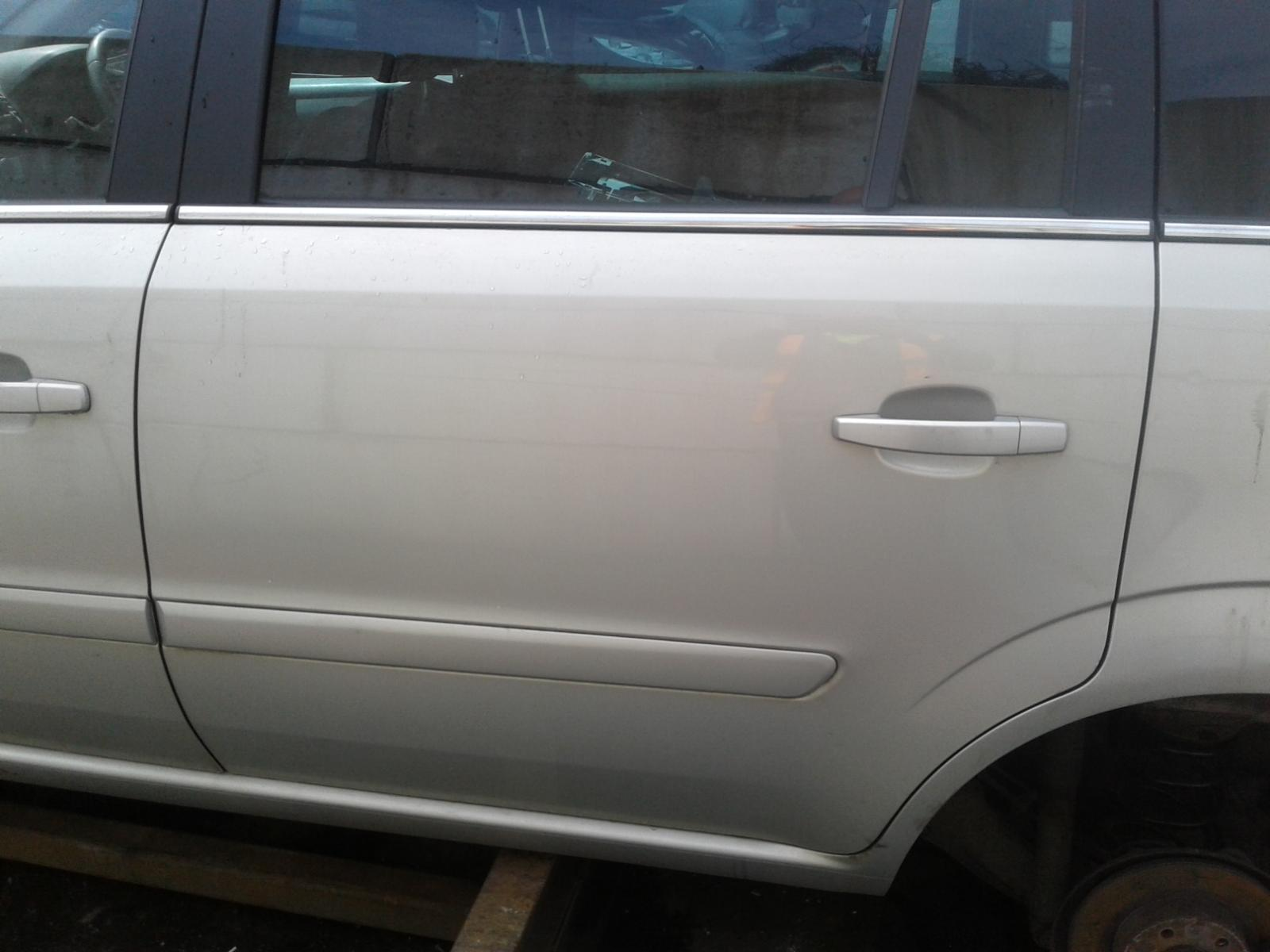 View Auto part VAUXHALL ZAFIRA 2010 5 Door BODYSTYLE.MPV