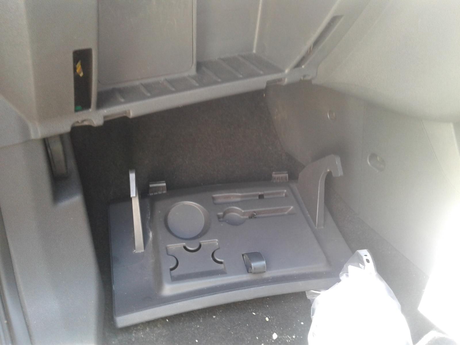View Auto part VAUXHALL CORSA 2010 3 Door Hatchback