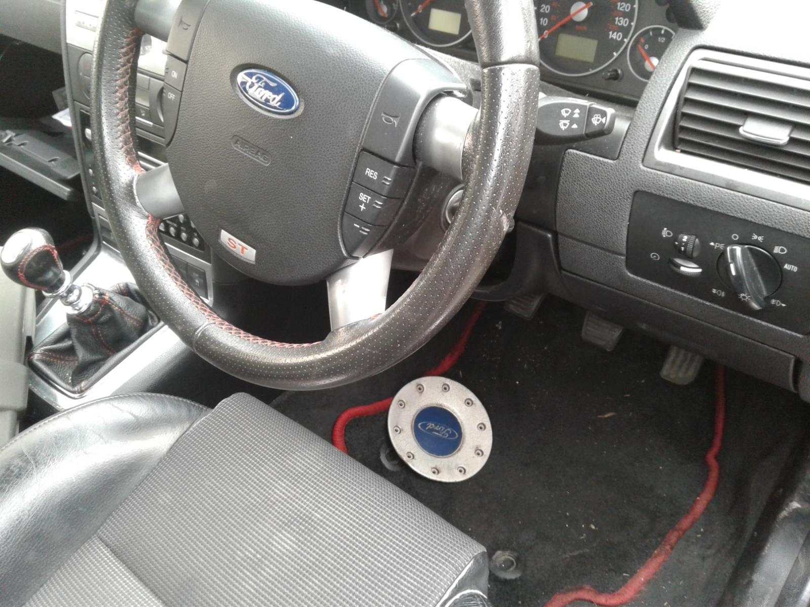 View Auto part FORD MONDEO 2006 5 Door Hatchback