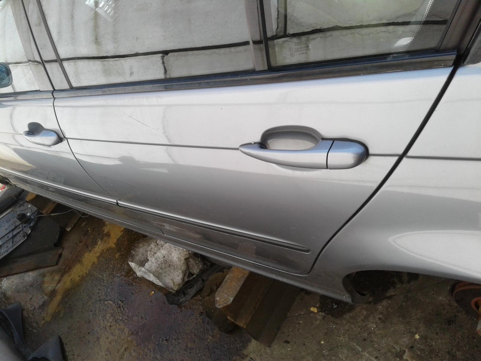 View Auto part BMW 3 SERIES 2004 4 Door Saloon