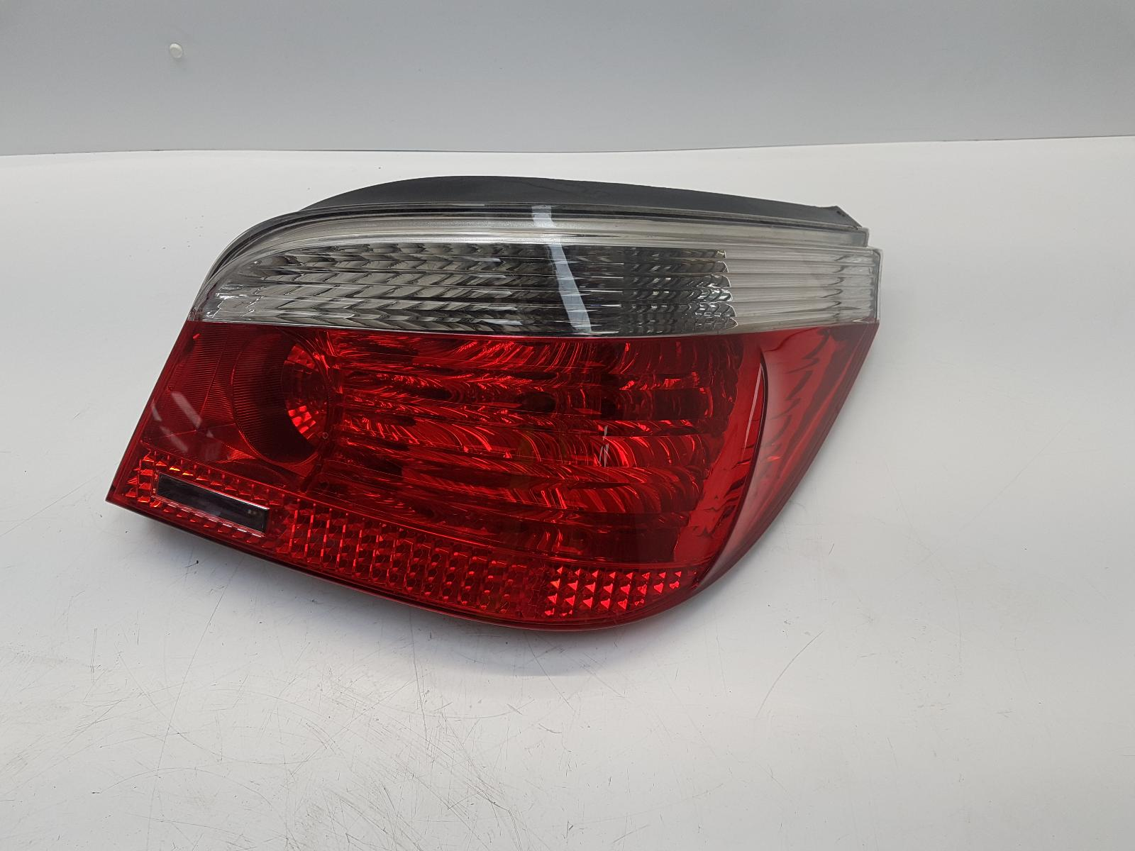 View Auto part R Taillight BMW 5 SERIES 2006