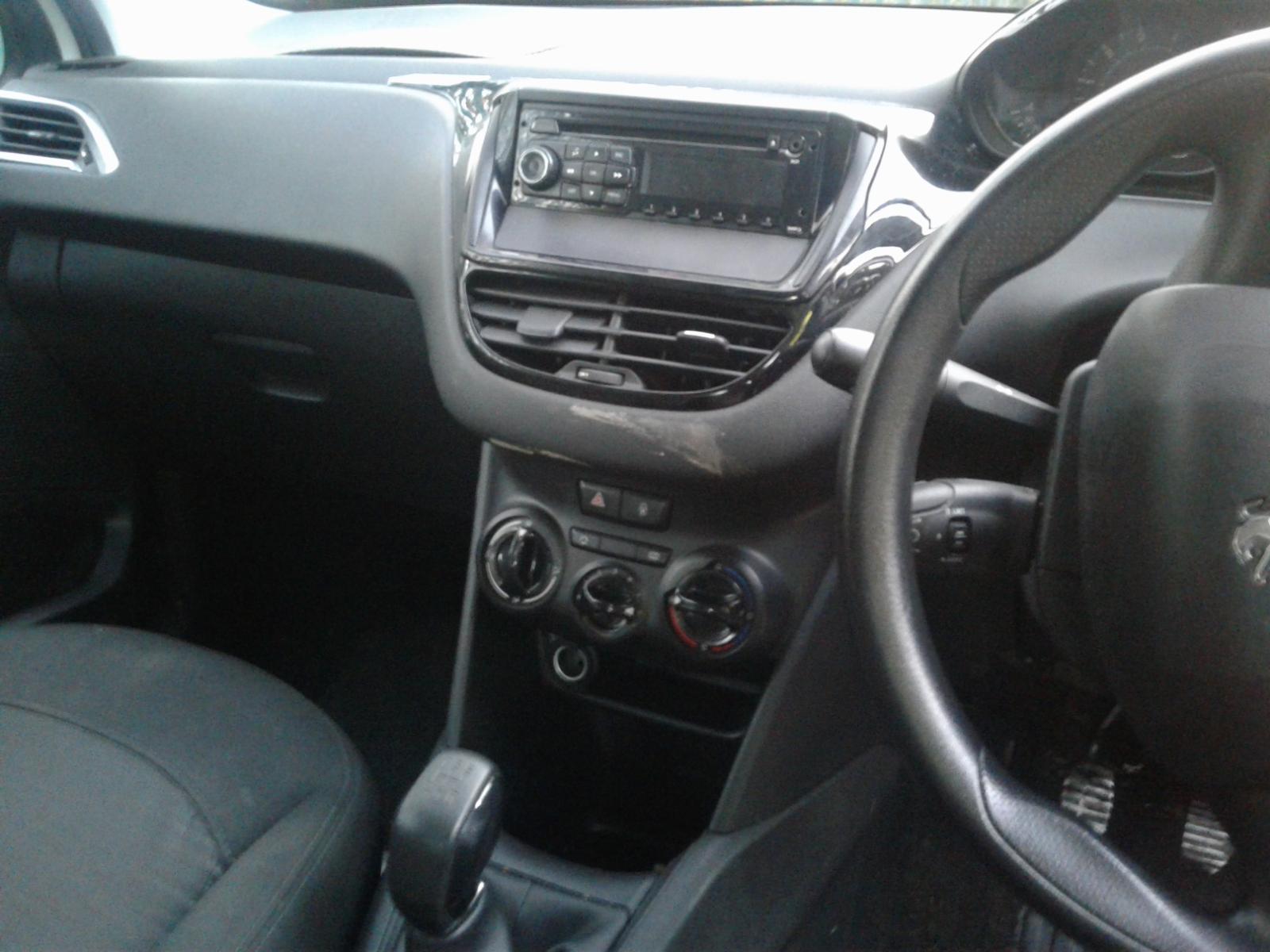 View Auto part PEUGEOT 208 2013 3 Door Hatchback
