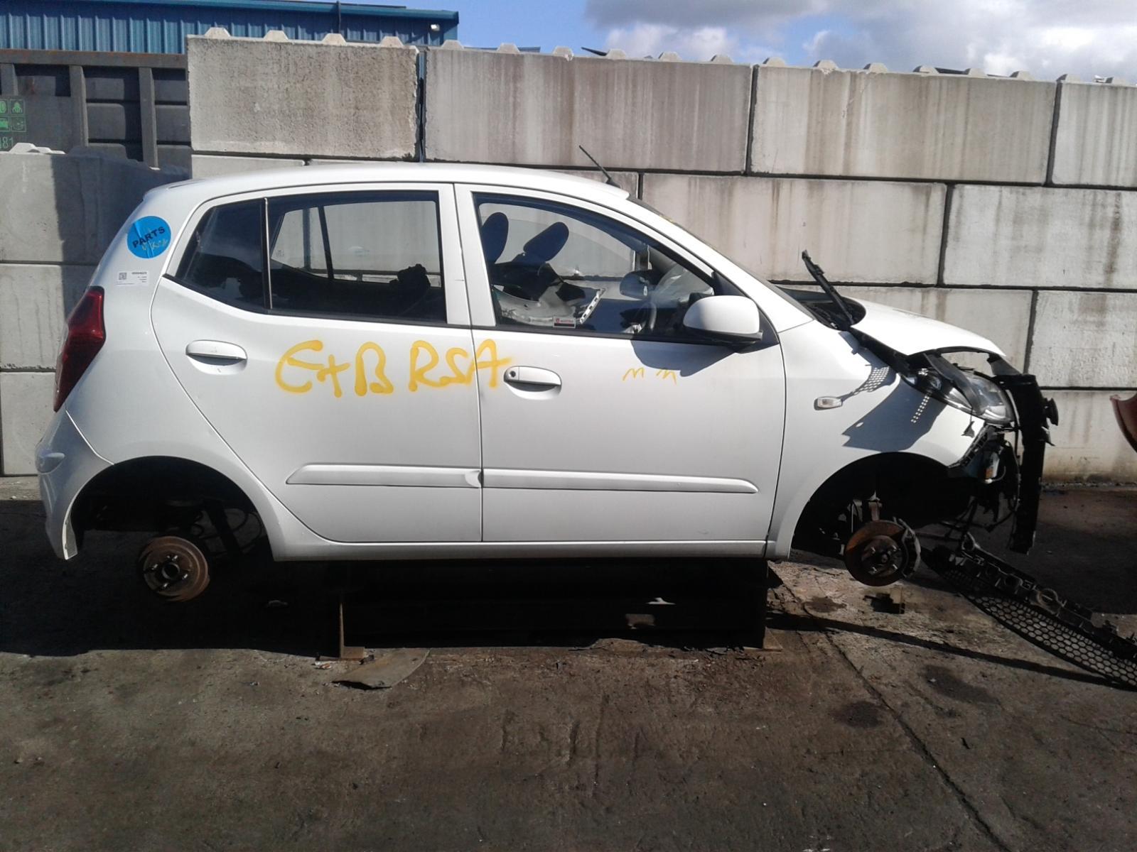 Image for a HYUNDAI I10 2012 5 Door Hatchback