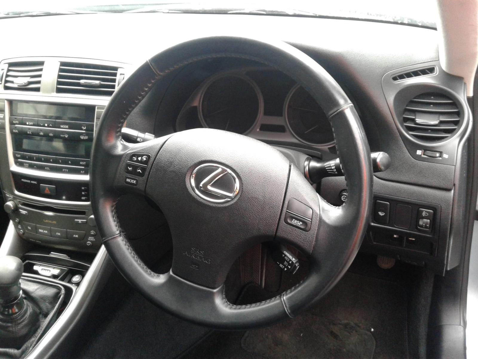 View Auto part LEXUS IS SERIES 2008 4 Door Saloon