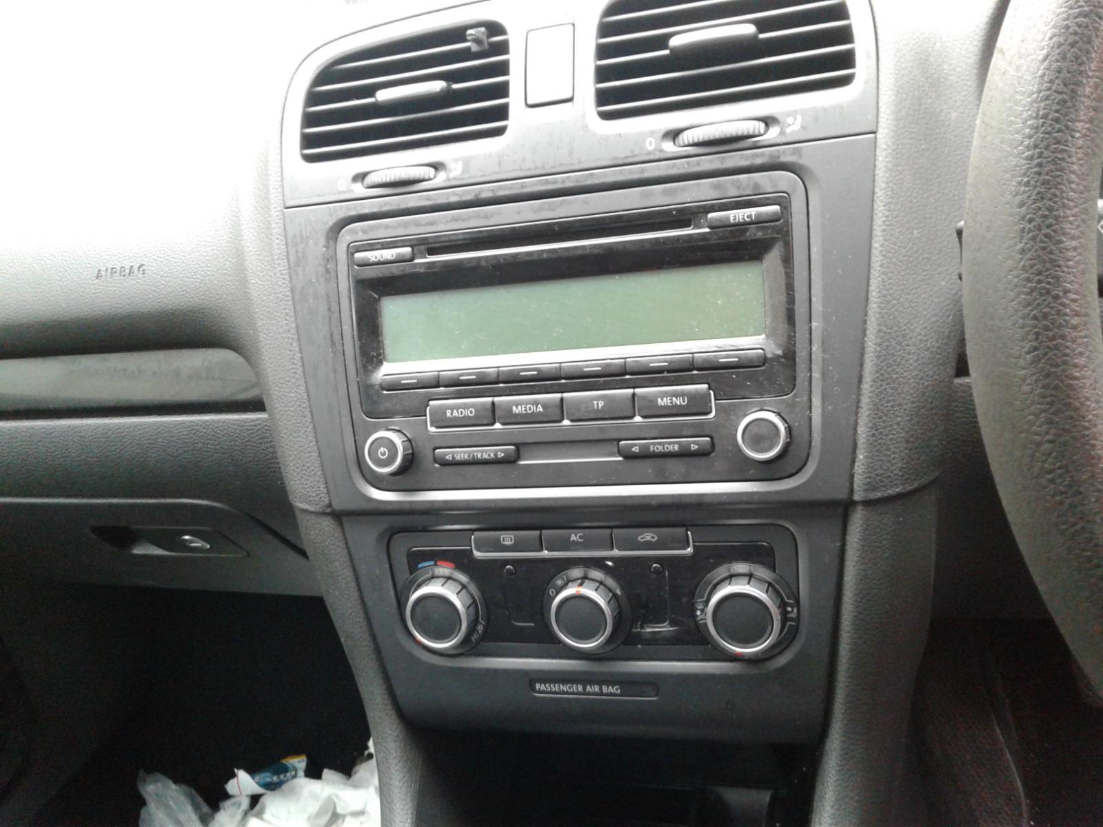 View Auto part VOLKSWAGEN GOLF 2009 5 Door Hatchback