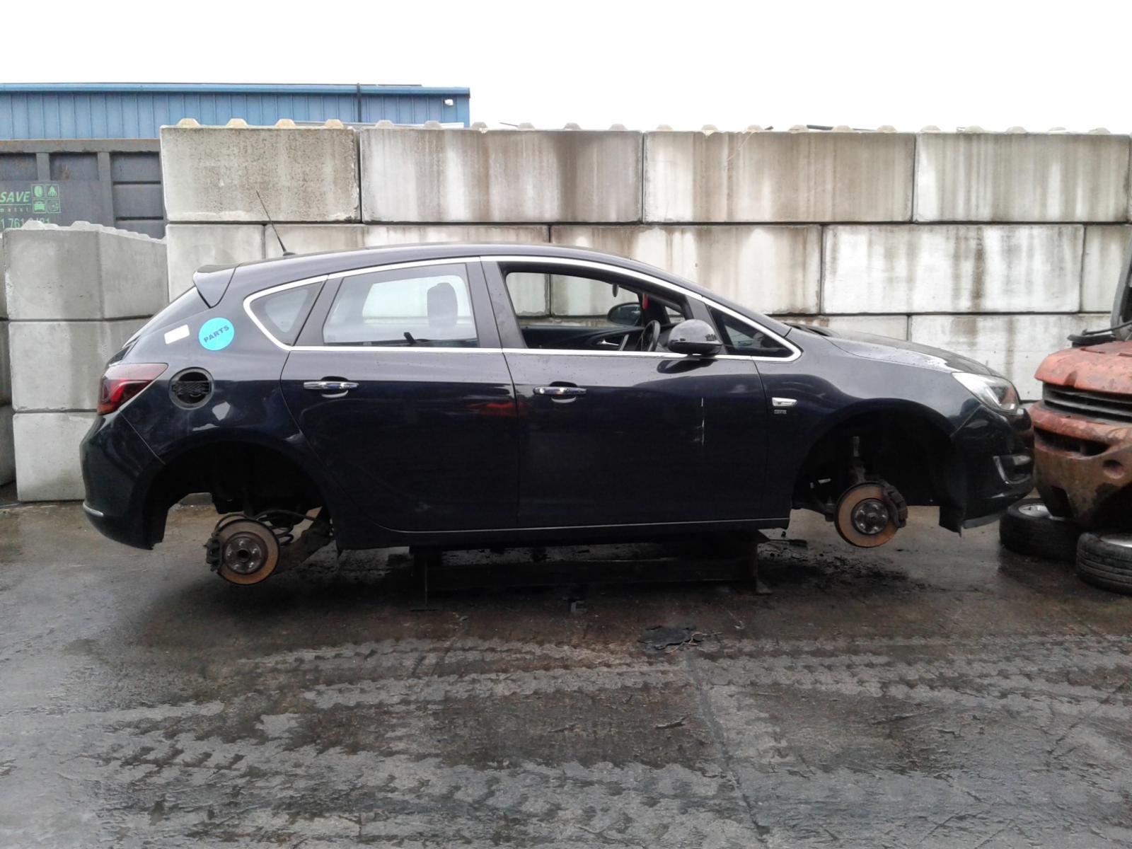 Image for a VAUXHALL ASTRA 2012 5 Door Hatchback