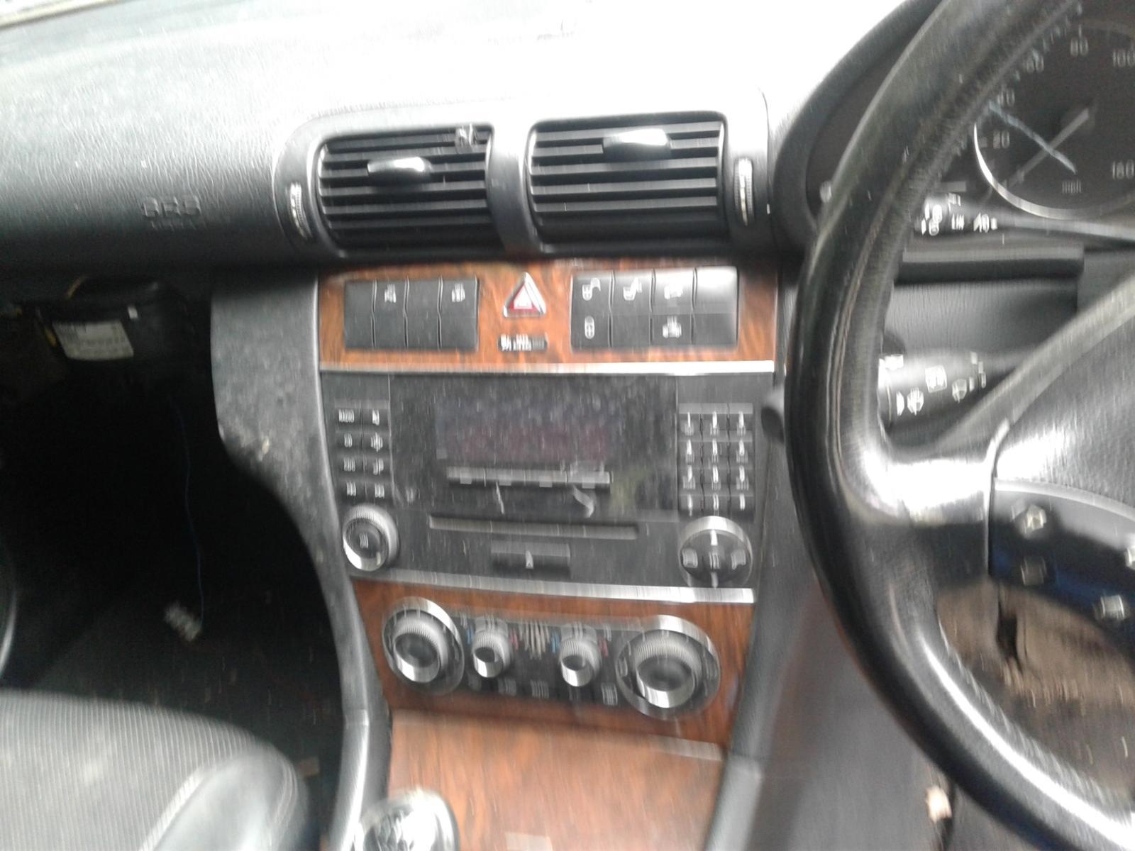 View Auto part MERCEDES C CLASS 2005 4 Door Saloon
