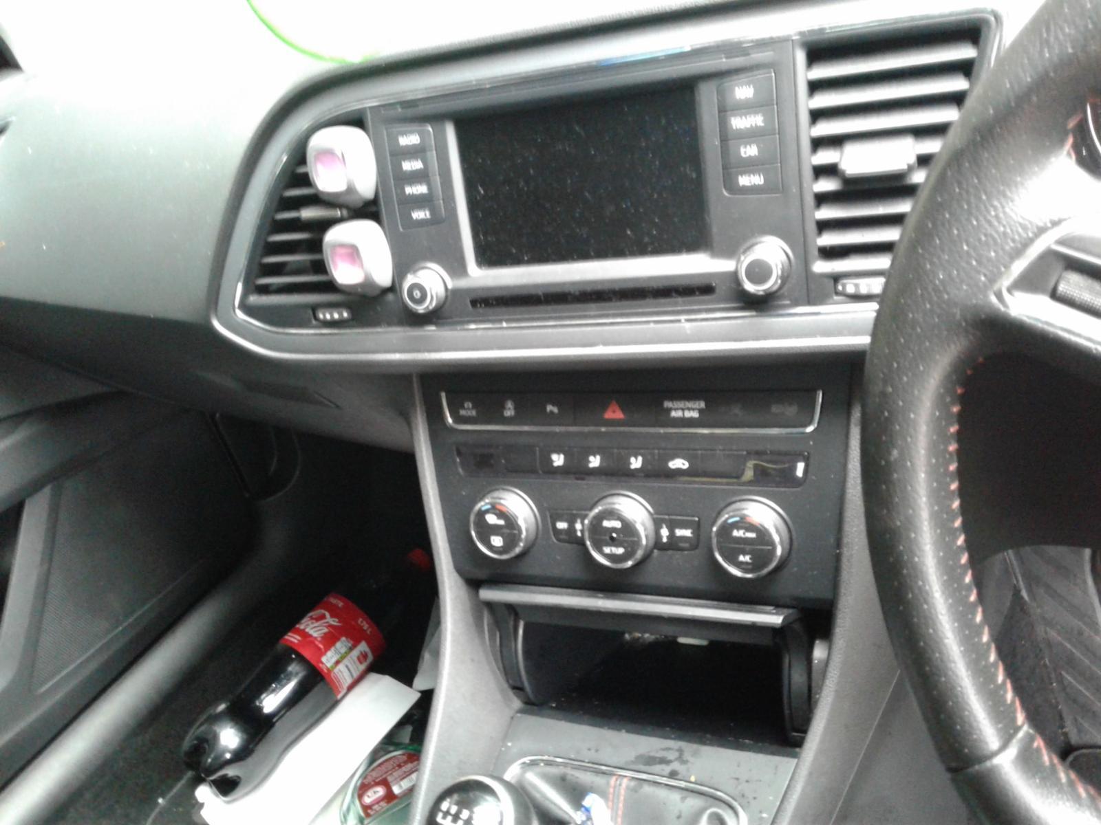 View Auto part SEAT LEON 2013 5 Door Hatchback