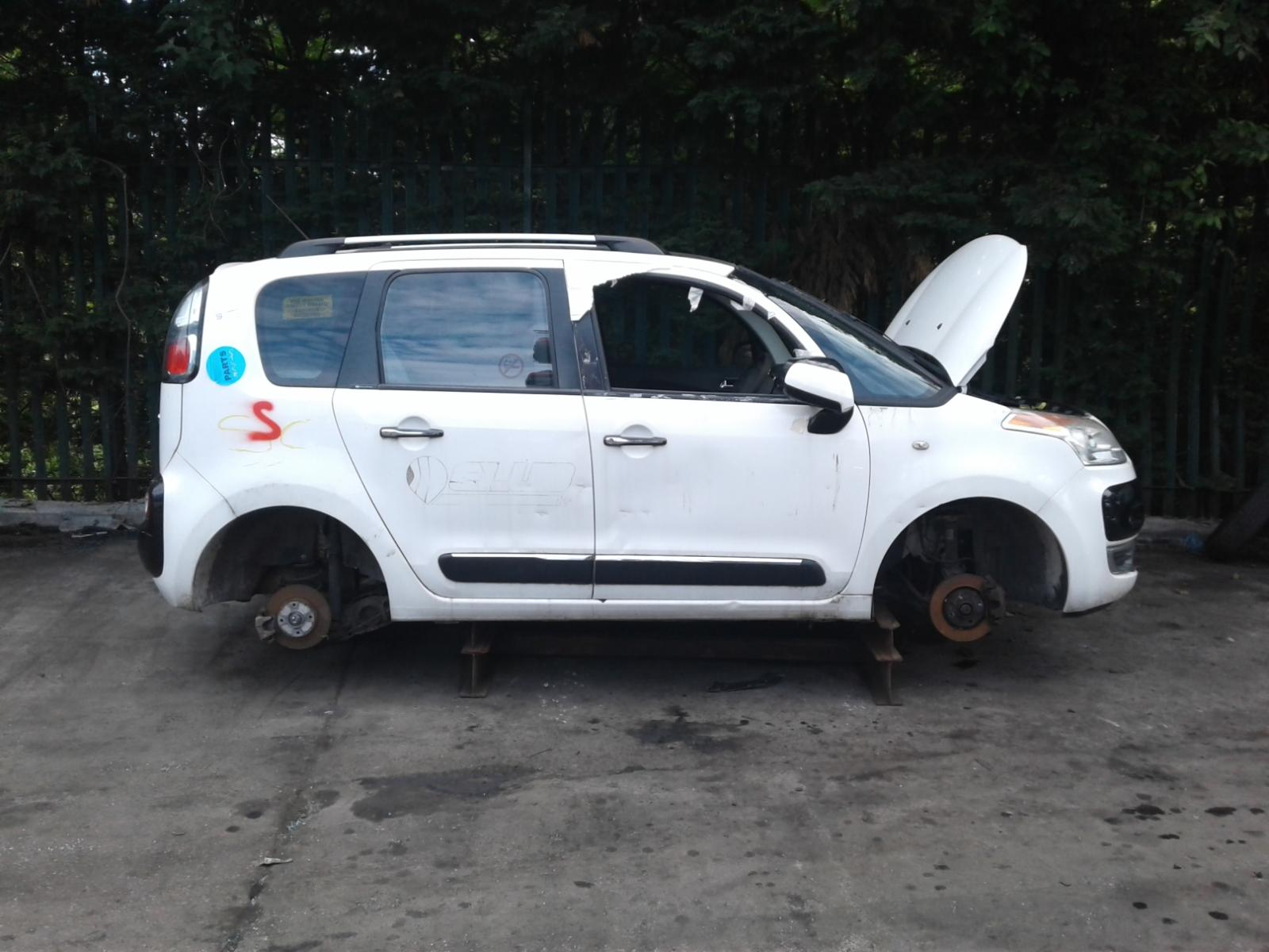 Image for a CITROEN C3 PICASSO 2010 5 Door BODYSTYLE.MPV