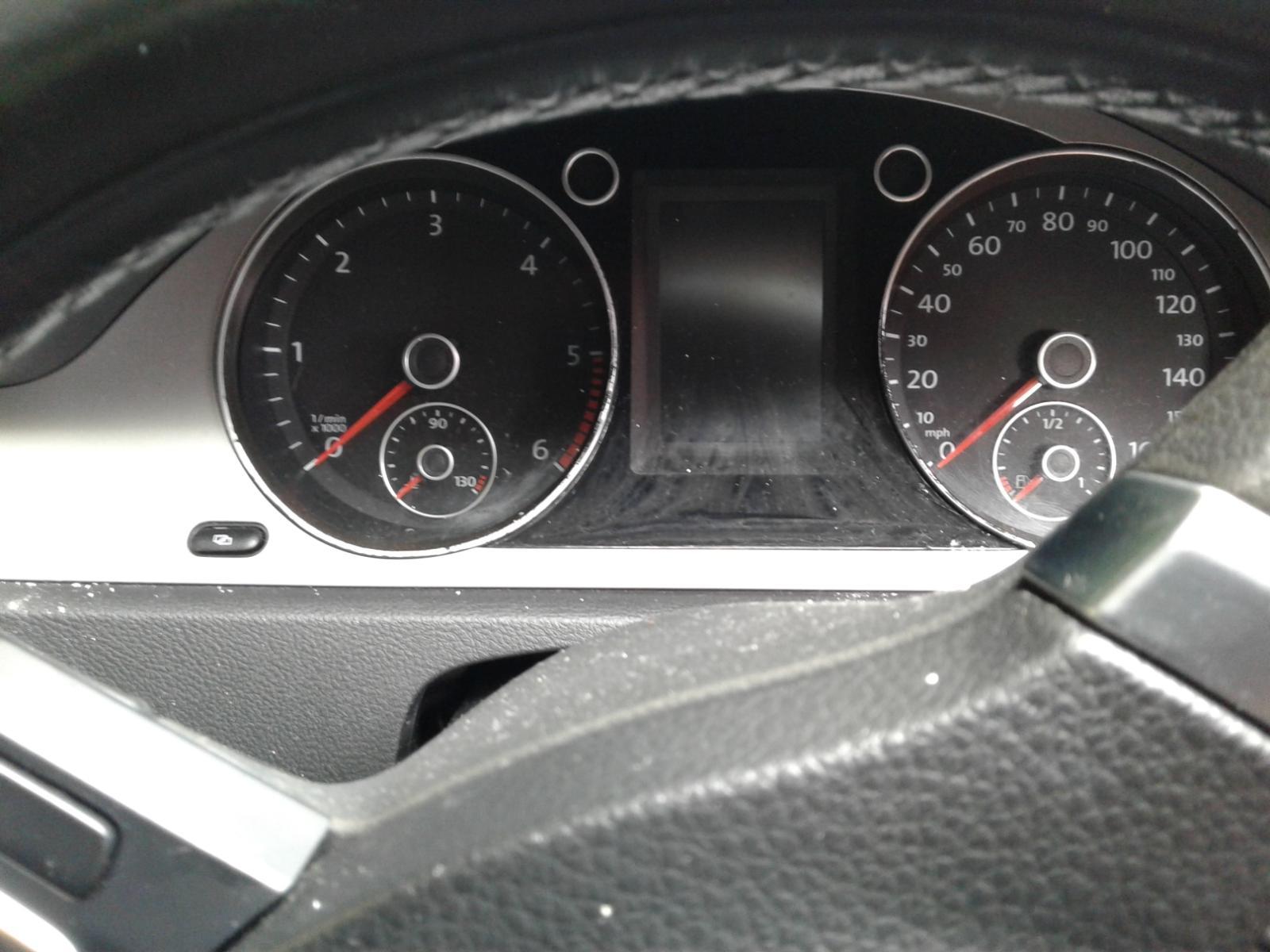 View Auto part VOLKSWAGEN PASSAT 2009 4 Door Saloon