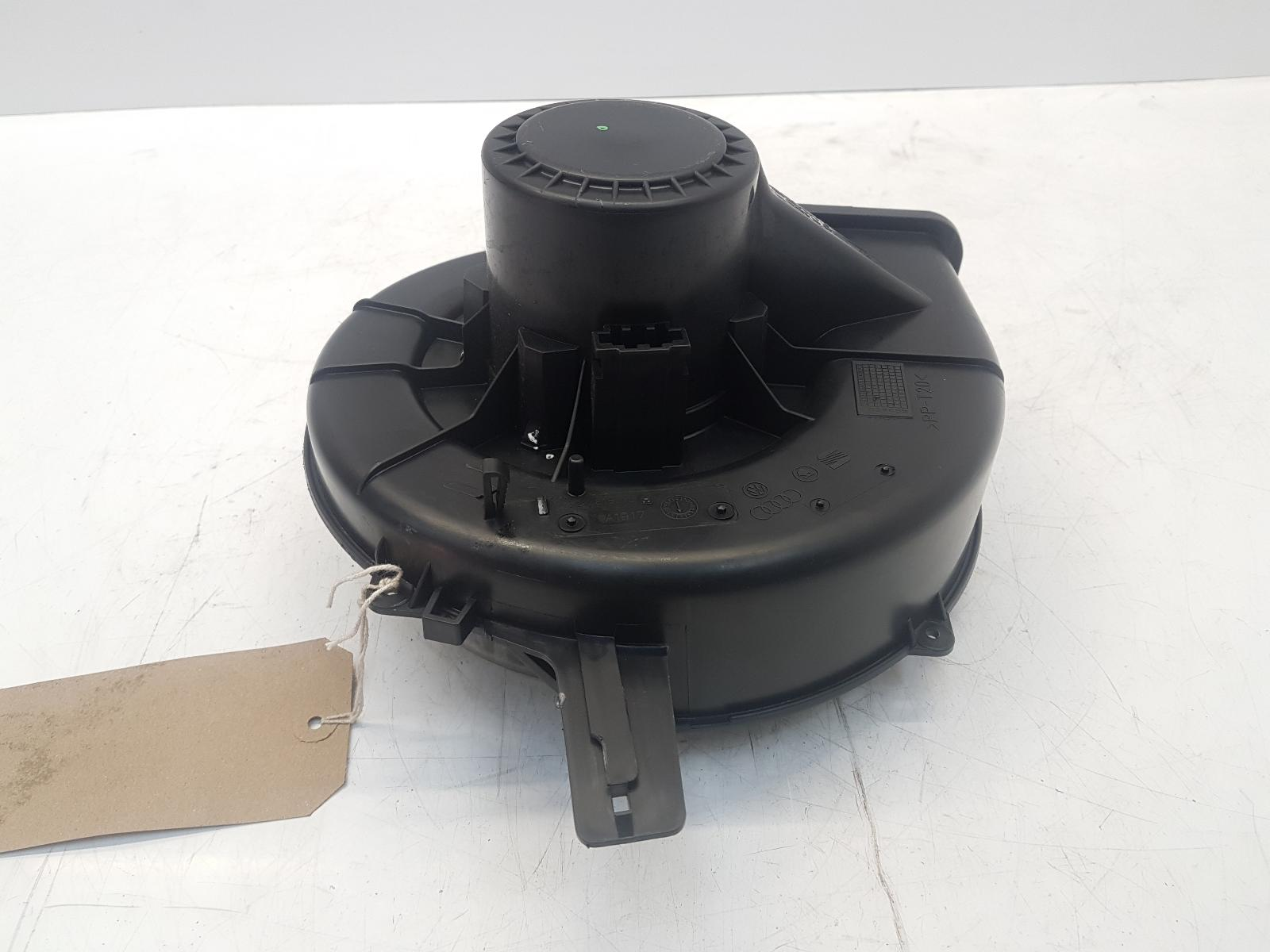 View Auto part Heater Motor/Assembly VOLKSWAGEN FOX 2009