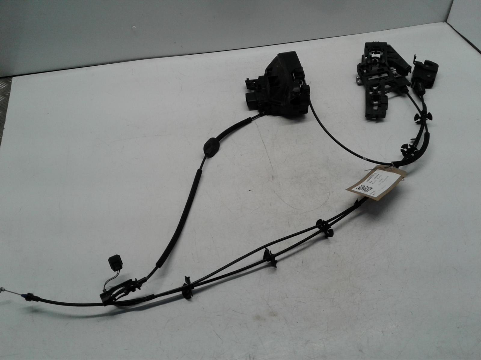 View Auto part Door Lock Assembly FORD B MAX 2014