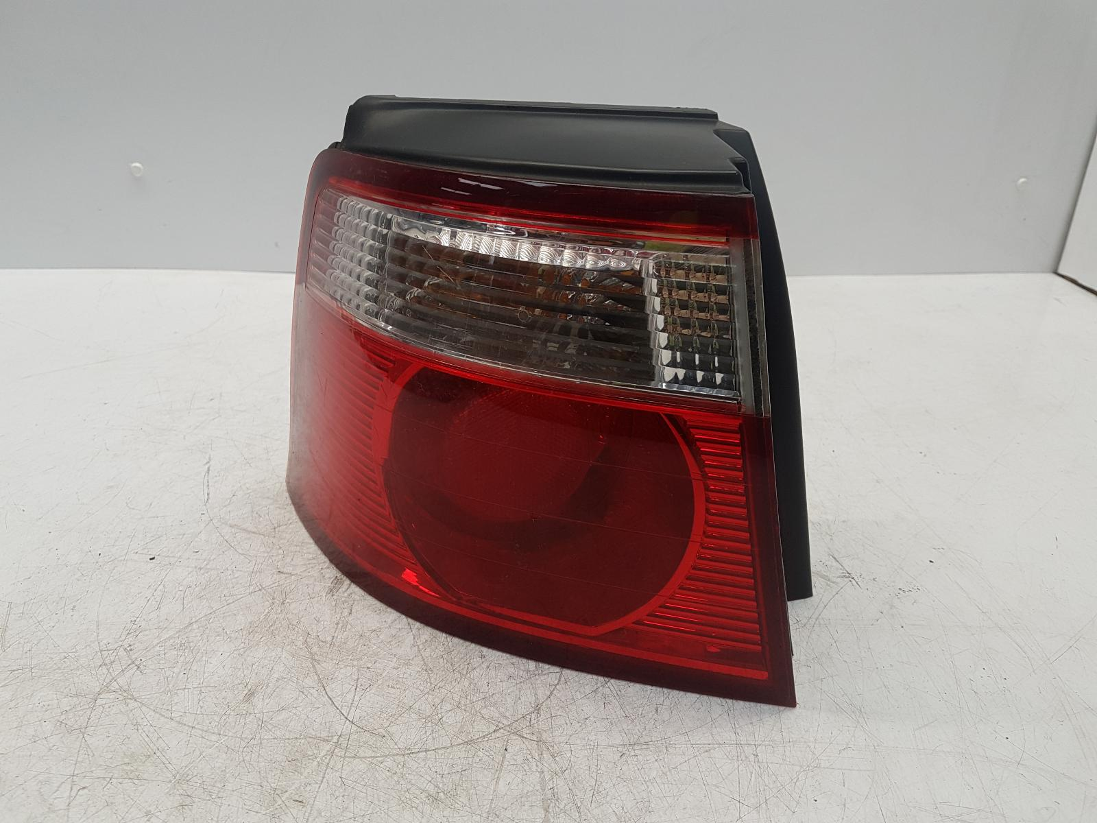 View Auto part L Taillight KIA CARENS 2006