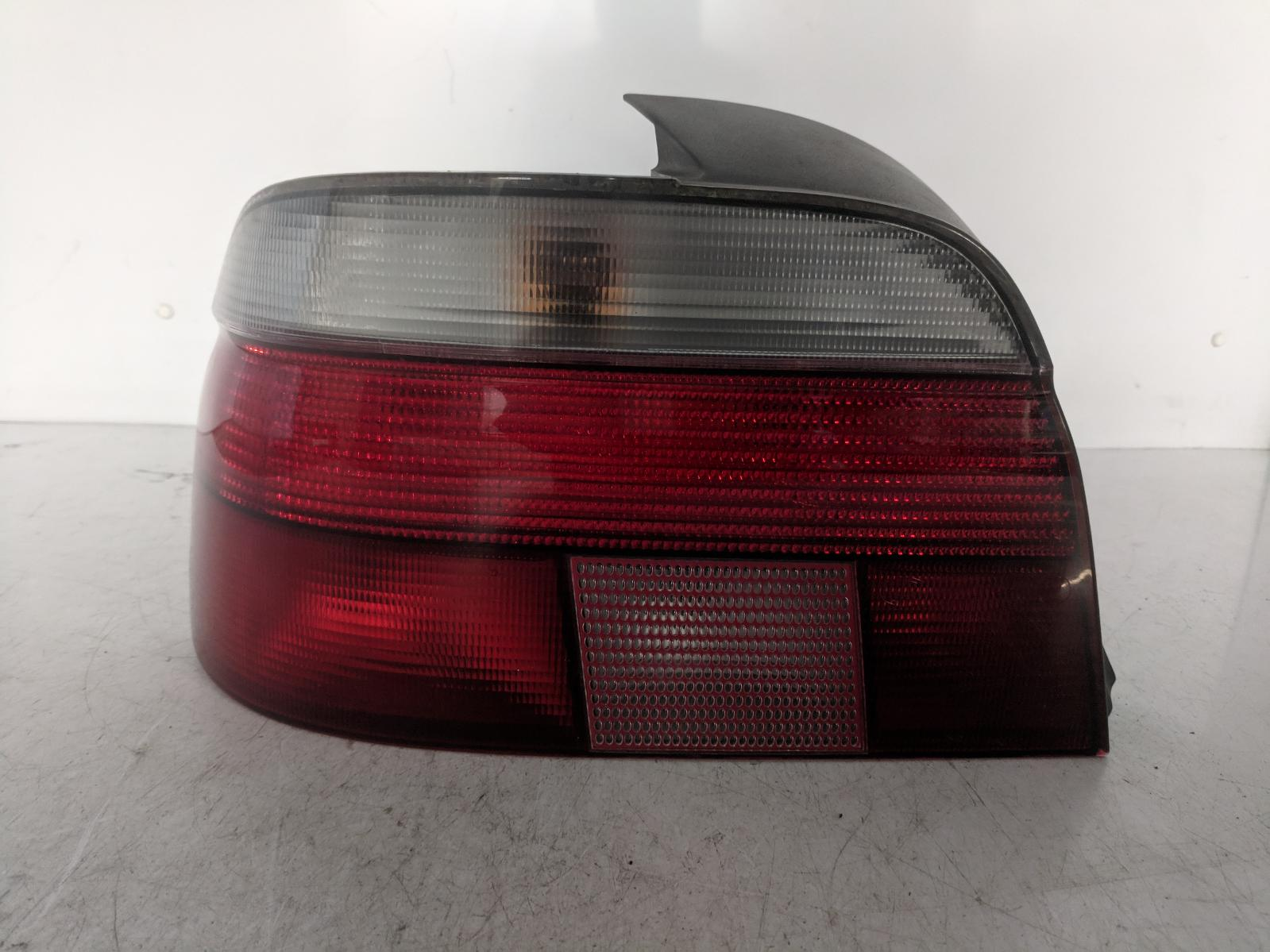 View Auto part L Taillight BMW 5 SERIES 1999