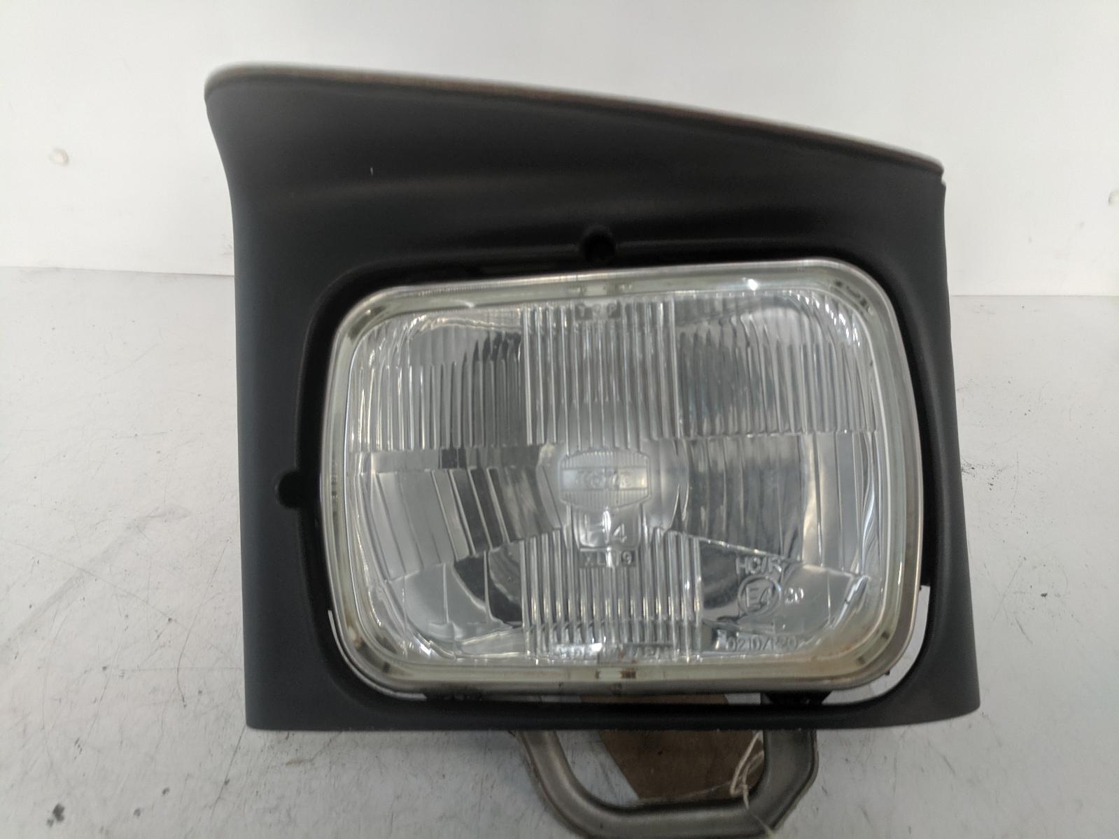 View Auto part L Headlamp MAZDA 323 1992