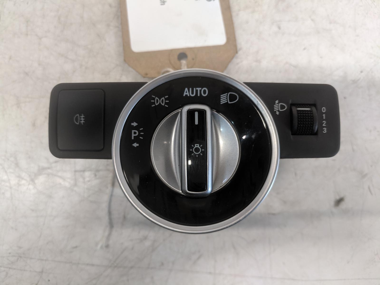 View Auto part Headlight Switch MERCEDES A CLASS 2013