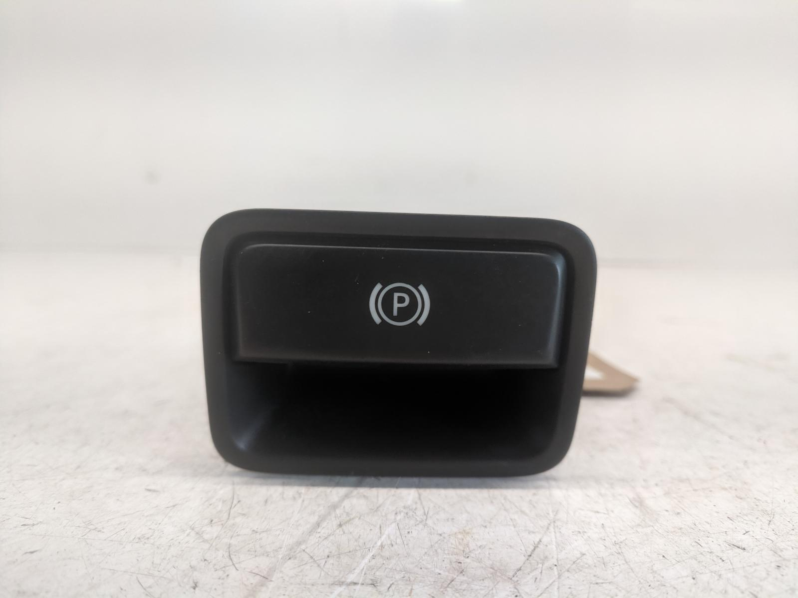 View Auto part Misc Switch MERCEDES A CLASS 2013