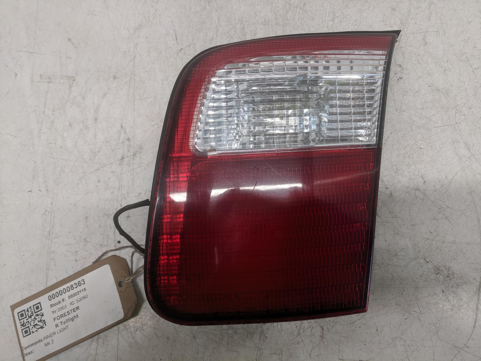 View Auto part R Taillight SUBARU FORESTER 2003