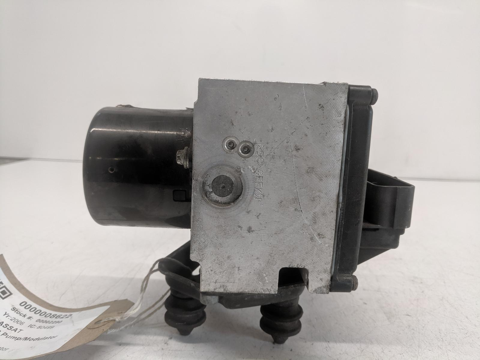 View Auto part ABS Pump/Modulator VOLKSWAGEN PASSAT 2006