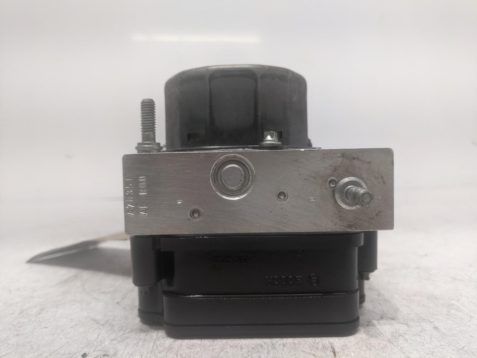 View Auto part ABS Pump/Modulator DACIA SANDERO 2014