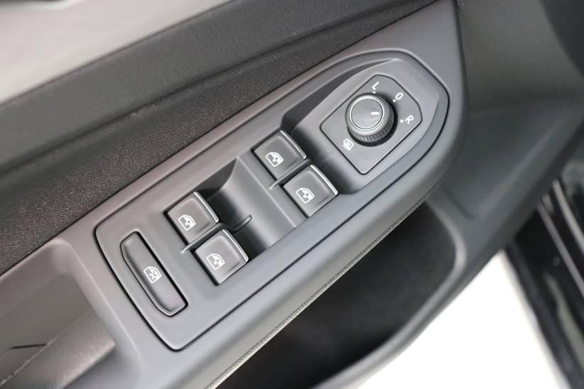 VW NEW Golf VIII - 1.5 TSI Life