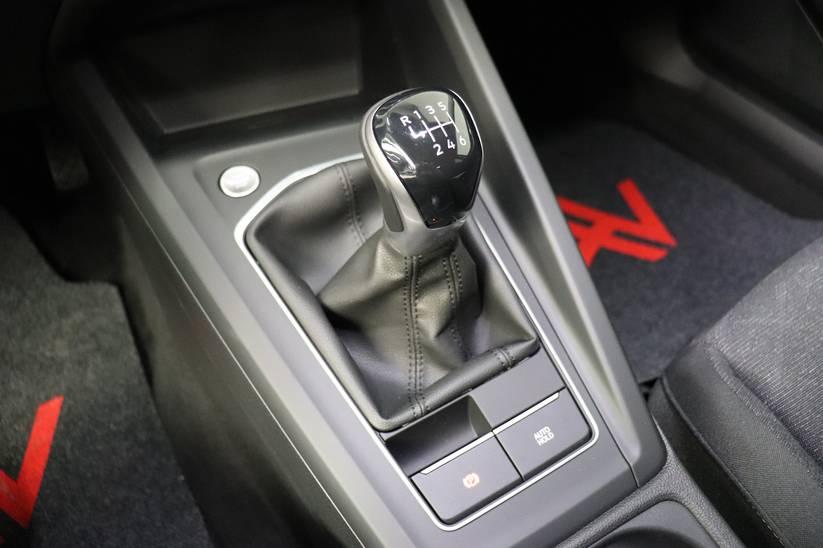 VW NEW Golf VIII - 1.0 TSI Life
