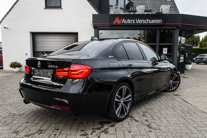 BMW 3 - 330e iPerformance M-Sport