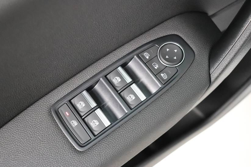 Renault NEW Captur - 1.0 TCe Intens
