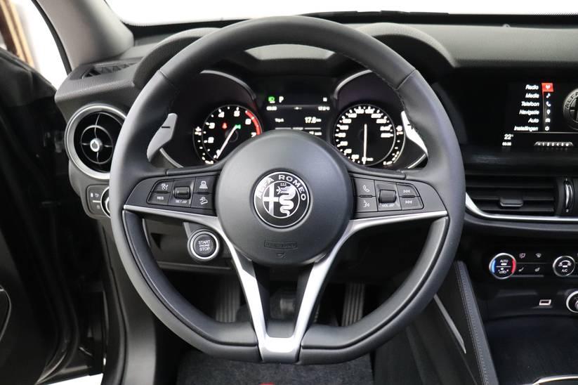 Alfa Romeo Stelvio - Super 2.0 Turbo Q4 AT8