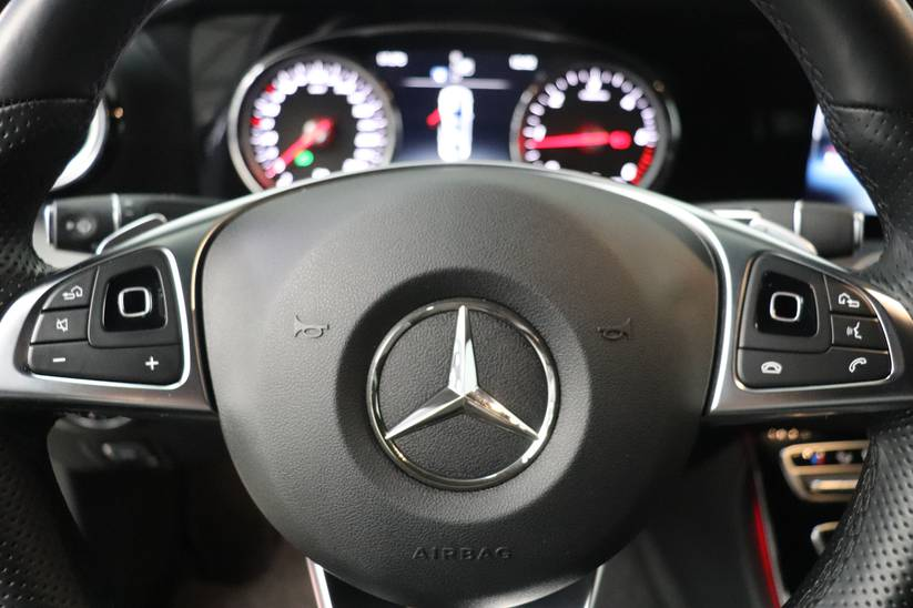 Mercedes E - 220 d Amg-Line