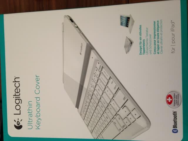 Logitech Ultrathin Keyboard Cover Weiss für iPad 2 + 3