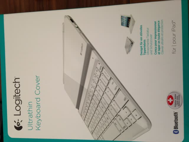 Logitech Ultrathin Keyboard Cover Weiss für iPad 2 + 3