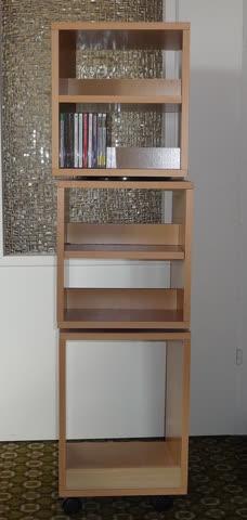 cd dvd gestell f r 200 cds und ca 50 dvds g nstig gebraucht kaufen bei. Black Bedroom Furniture Sets. Home Design Ideas