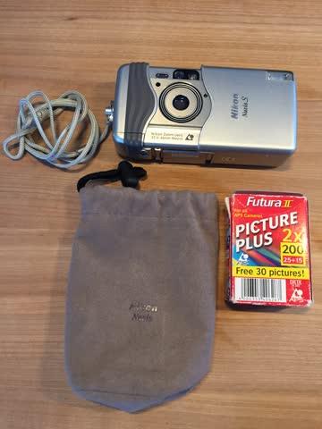 Nikon Nuvis APS Fotokamera