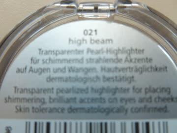 Glow up Highlighter mit Schimmer von p2 für Augen + Wangen