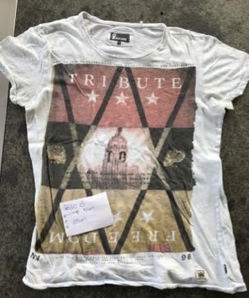T-Shirt No Name