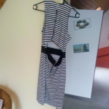 Raffiniertes Sommerkleid