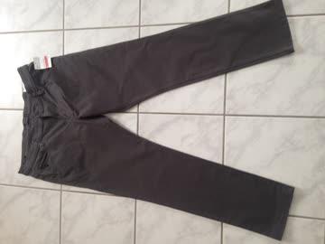 neue graue Hose