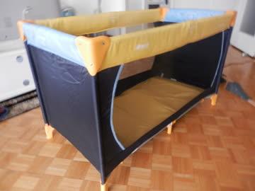 Kinderreisebett Hauck blau/gelb Masse: 120 x 70 cm